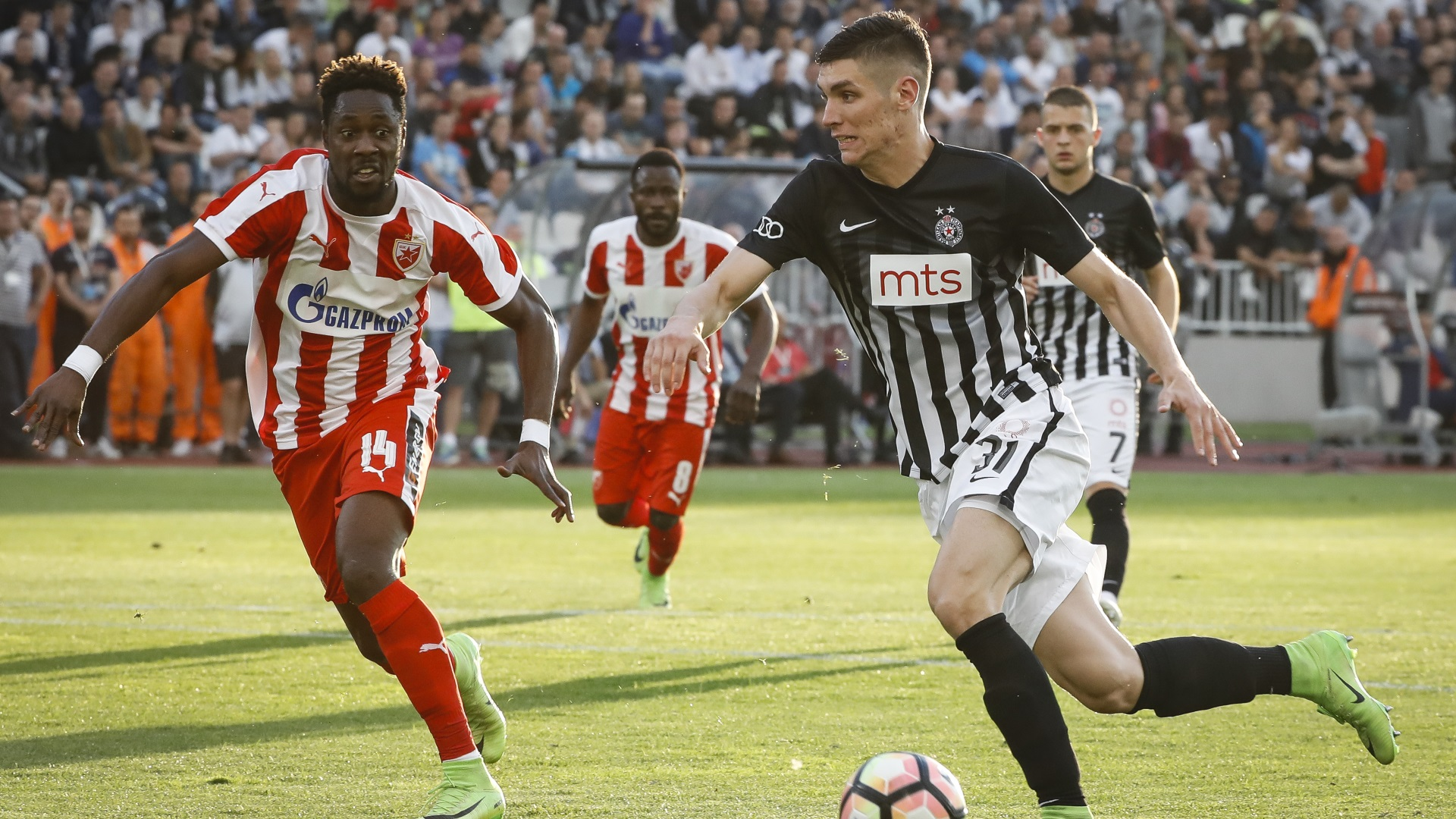 Richmond Boakye of Red Star Belgrade, Nikola Milenkovic of Partizan