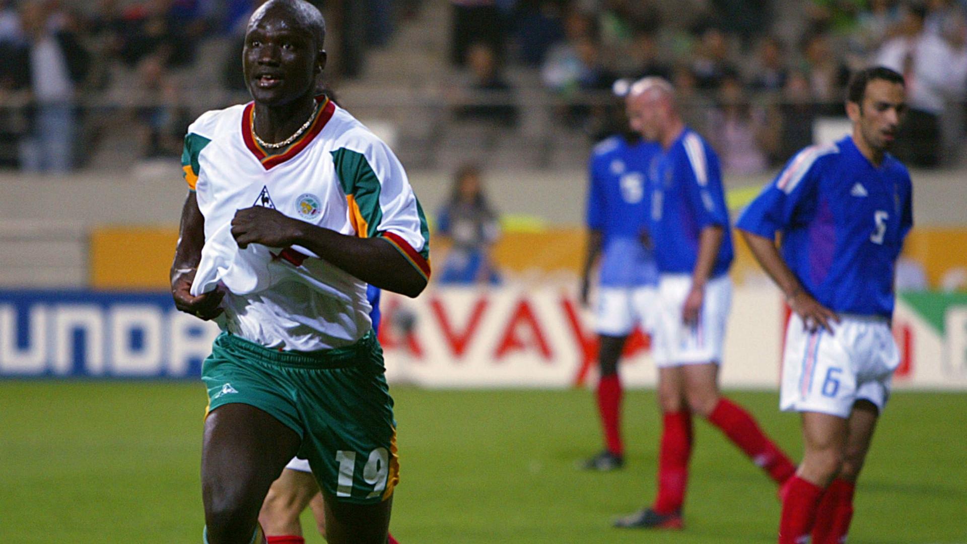 Papa Bouba Diop Senegal 2002