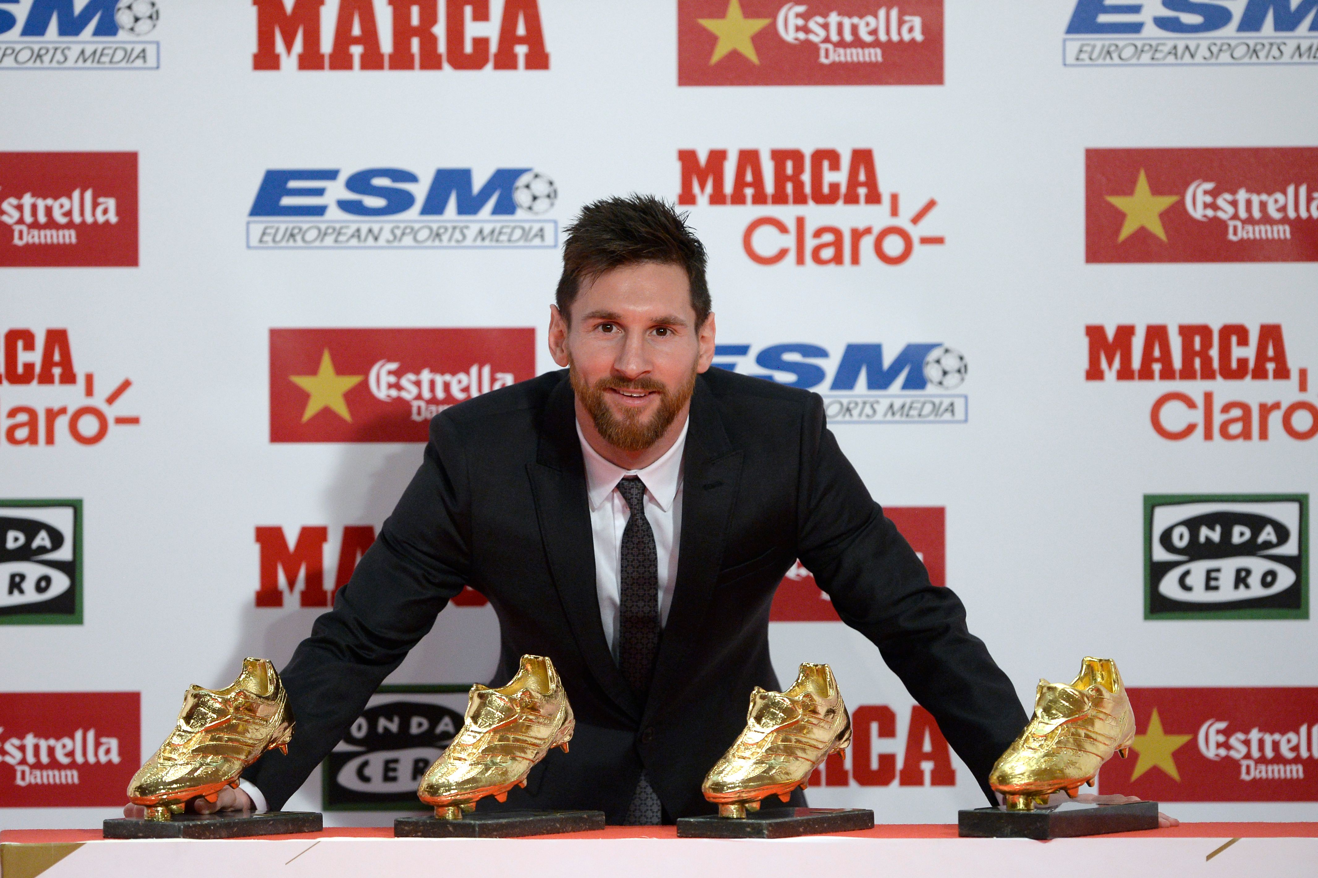 Lionel Messi - Golden Shoe 2017