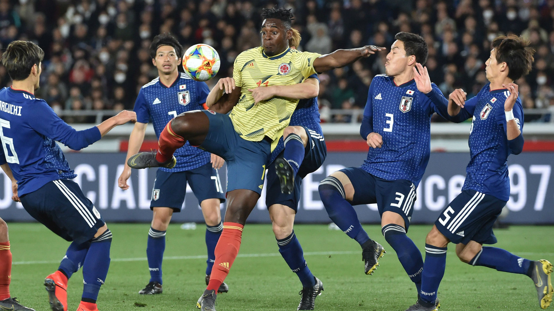 Duván Zapata Colombia - Japón amistoso 2019