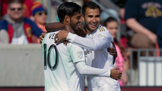 Carlos Vela Steven Beitashour LAFC MLS