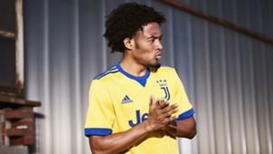 La nuova maglia della Juventus