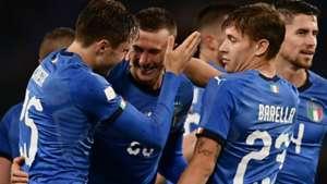 Bernardeschi Italy celebrating Ukraine