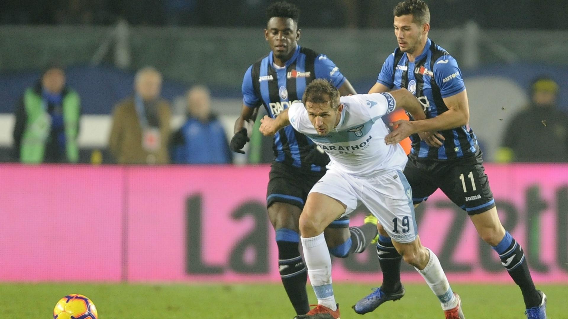 Duvan Zapata Senad Lulic Atalanta Lazio Serie A
