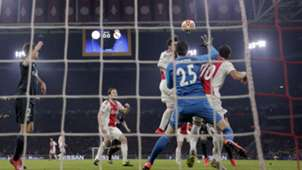 2019-02-14 Tagliafico Tadic Courtois Ajax Real Madrid
