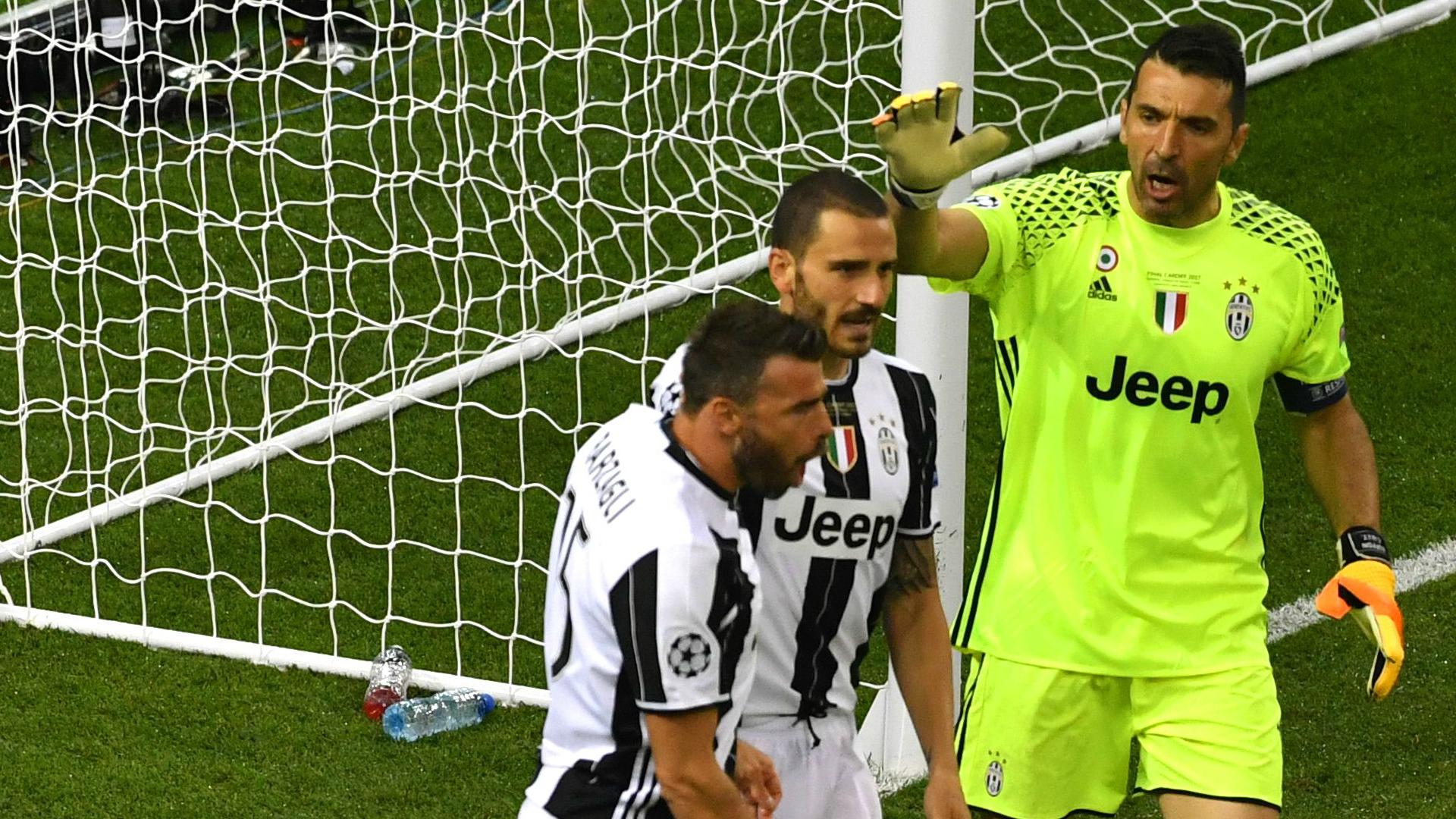 Buffon Bonucci Barzagli- Juventus