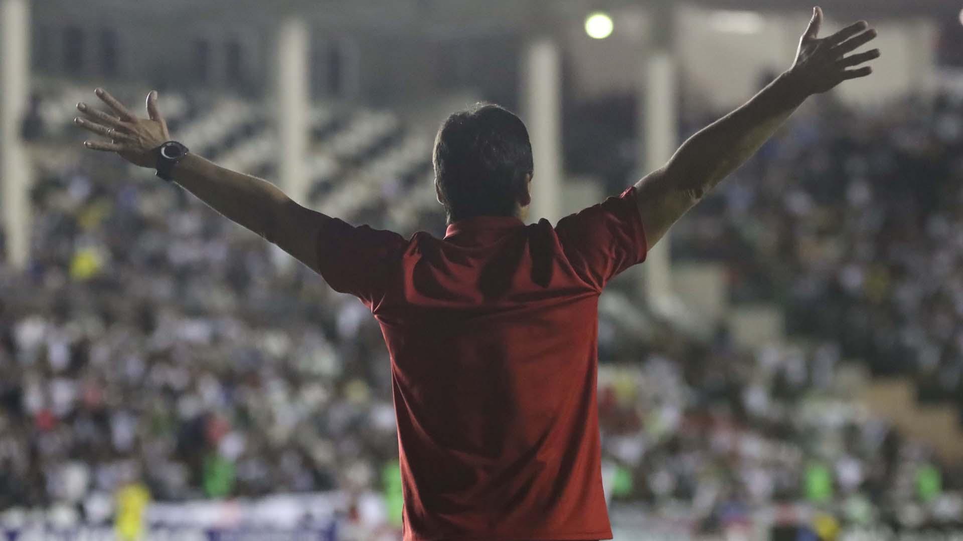 Zé Ricardo Flamengo x Vasco São Januário Brasileirão 08 07 17