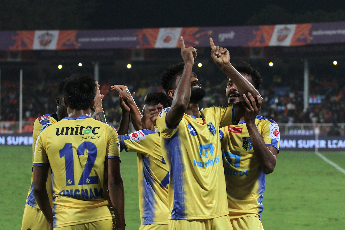FC Pune City Kerala Blasters CK Vineeth