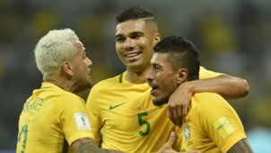 Casemiro Dani Alves Paulinho Brasil Chile WC Qualifiers 2018 10102017
