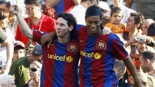Lionel Messi Ronaldinho Barcelona 06102007