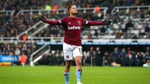 Chicharito Newcastle - West Ham