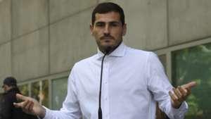 'They should have a prize for each position' - Casillas praises Van Dijk despite 'difficult' Ballon d'or decision