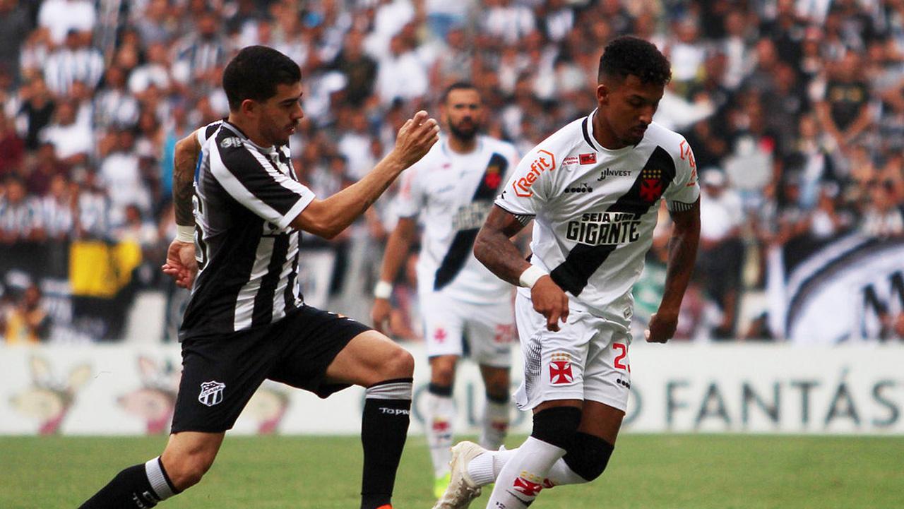 8e6ebd1923 Caio Monteiro Ceará Vasco Brasileirão Série A 02122018