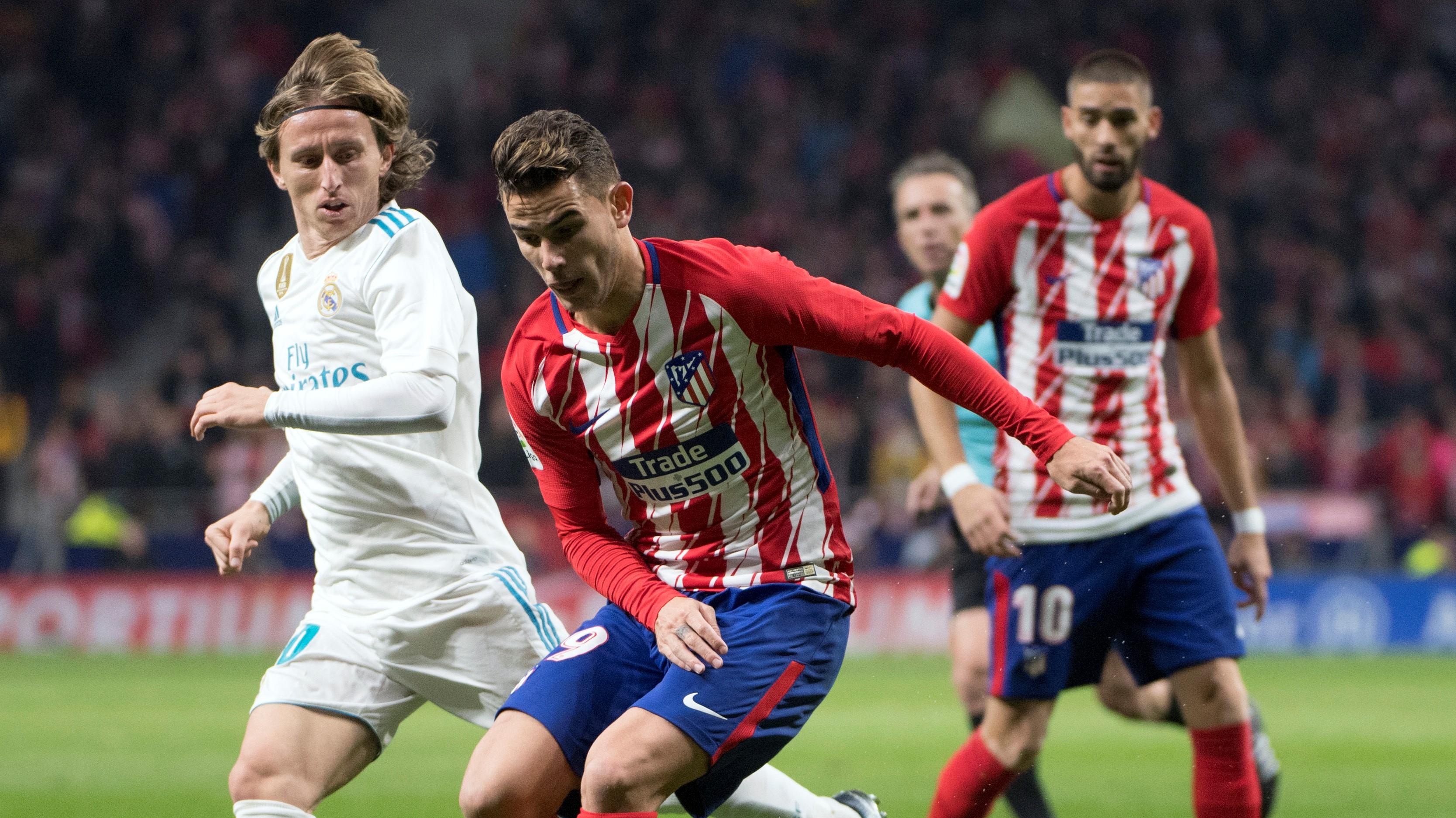 Lucas Hernandez Luka Modric Atletico Real Madrid LaLiga 18112017