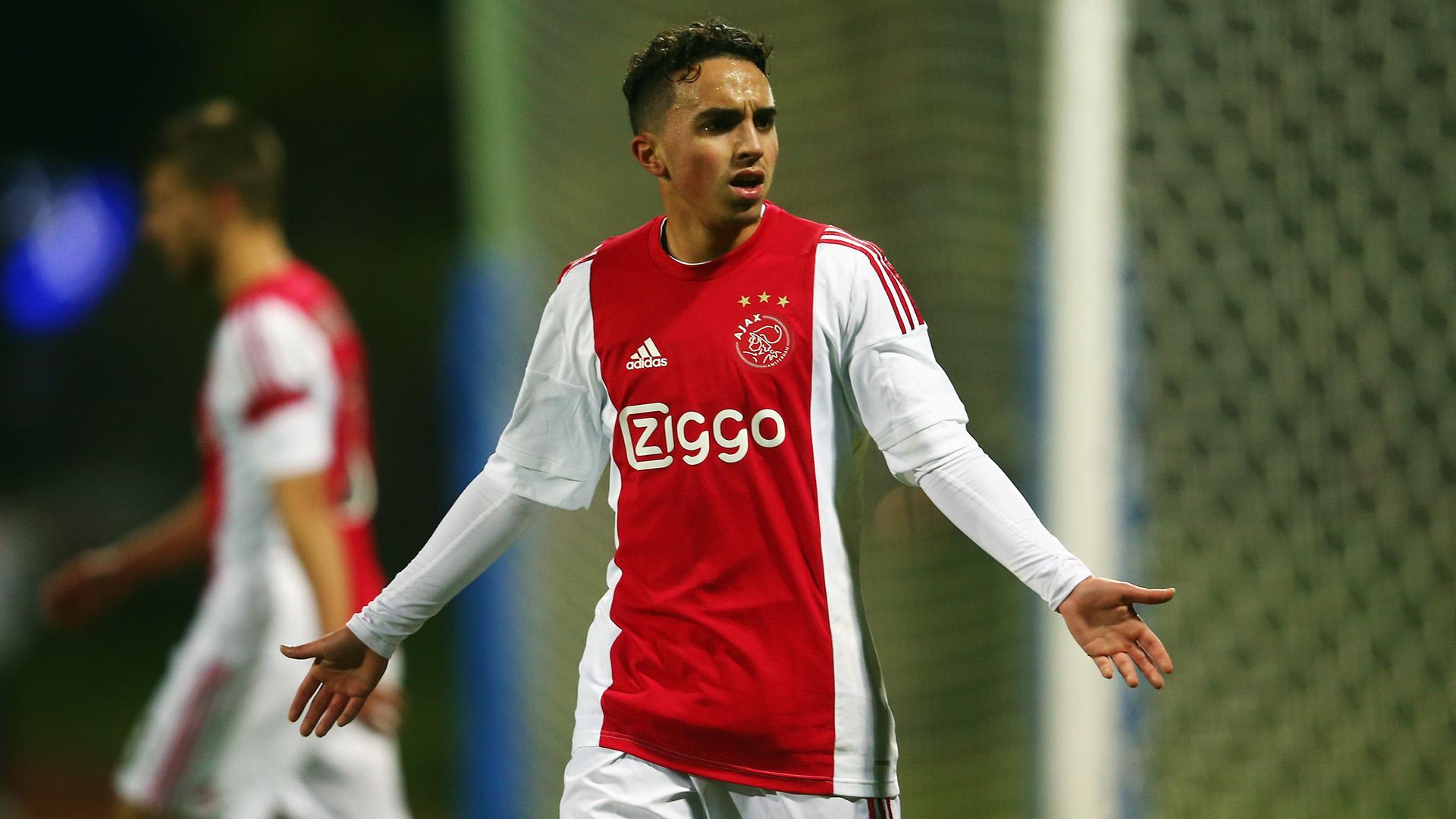 Ajax, malore in campo per Nouri: la situazione