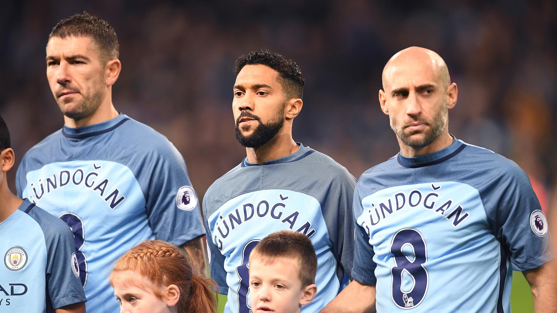 Kolarov Clichy Zabaleta Gundogan shirts Manchester City