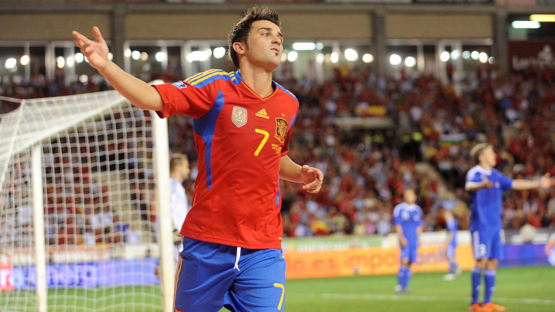 David Villa scores for Spain in 2011