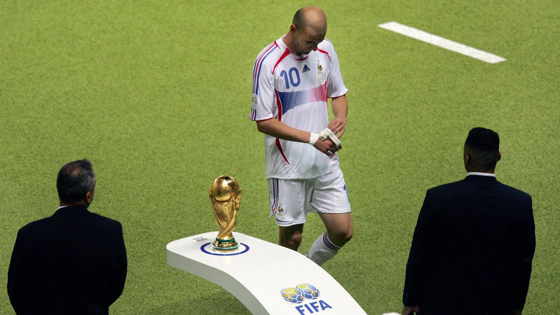 Zinedine Zidane France Italy 2006 World Cup final - Goal.com 96e7b6073