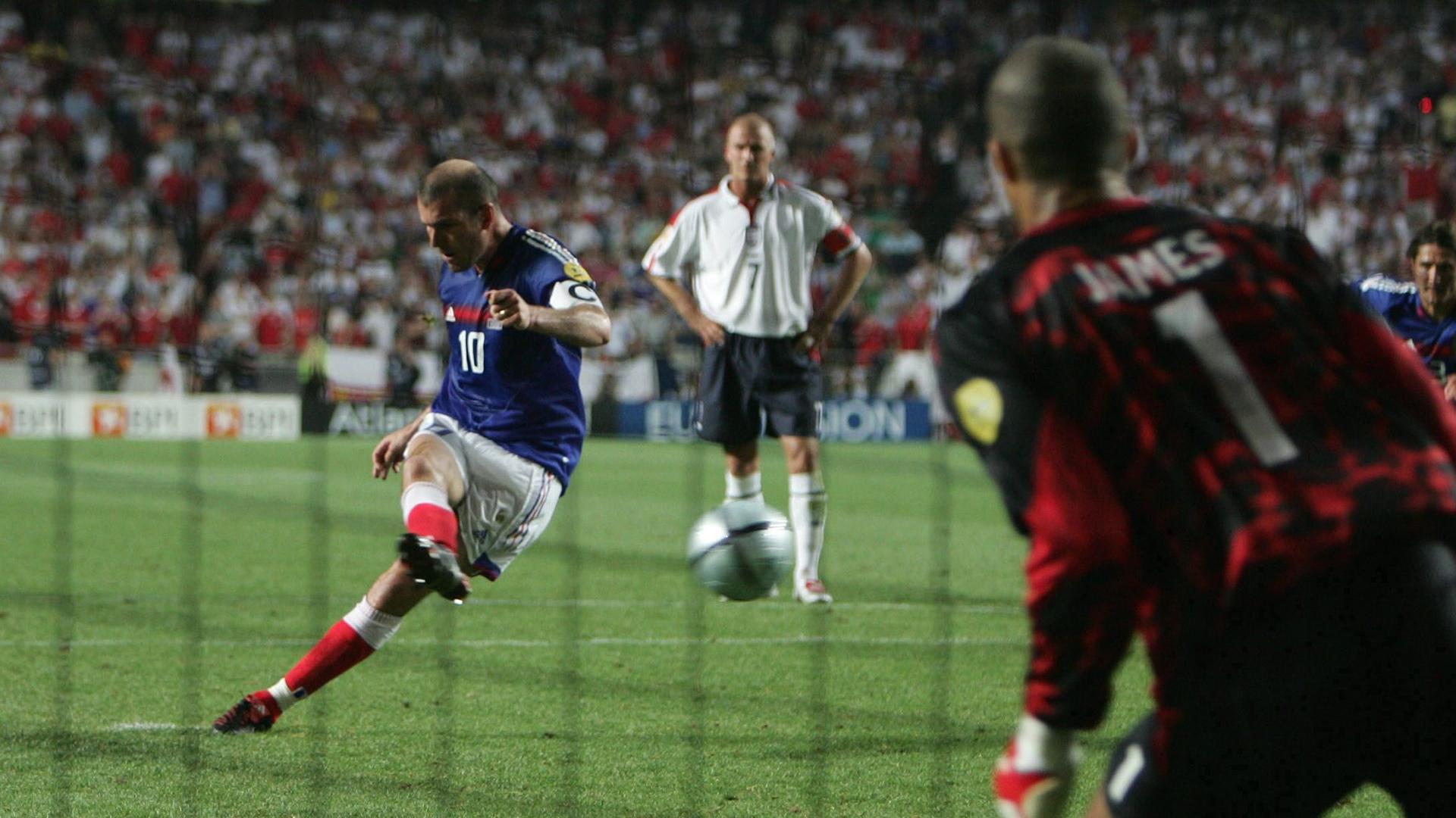 Zinedine Zidane France England Euro 2004
