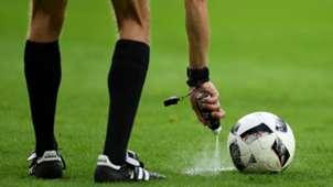Free Kick, Referee