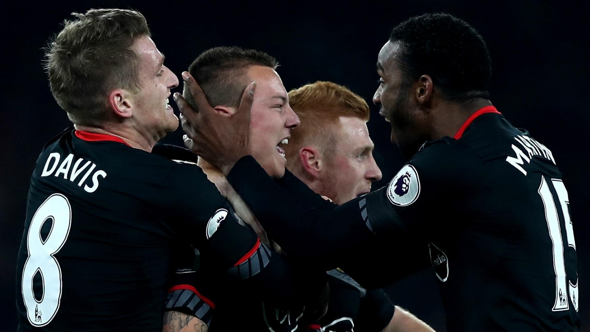 Jordy Clasie Arsenal Southampton