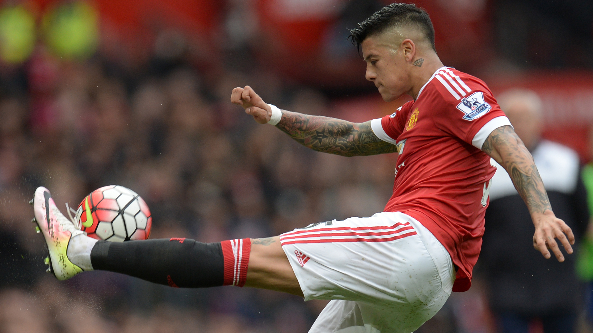 Wolves Should Look To Snap Up Marcos Rojo For A Cut-price