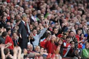 Arsene Wenger Manchester United Arsenal Old Trafford 2009