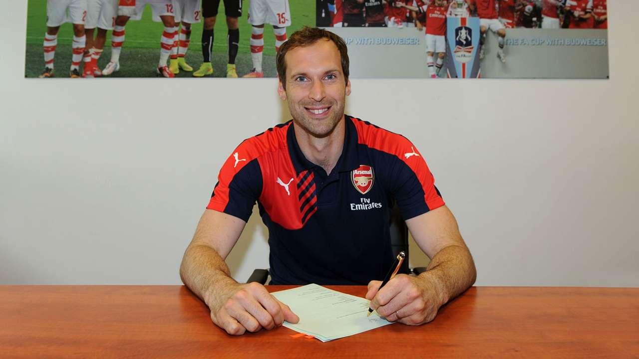 Petr Cech Arsenal unveiling