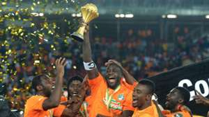 Yaya Toure Cote d'Ivoire Ghana Africa Cup of Nations Final trophy 08022015