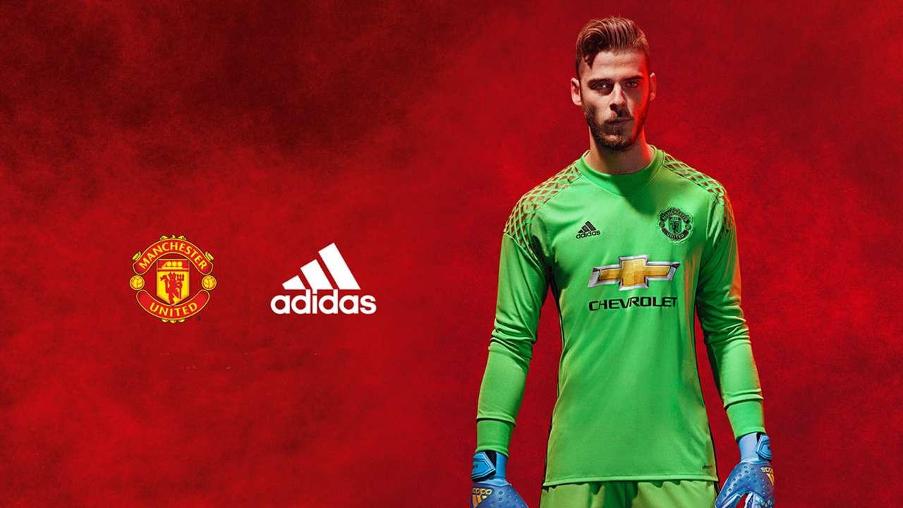 Manchester United 2016-17 kit