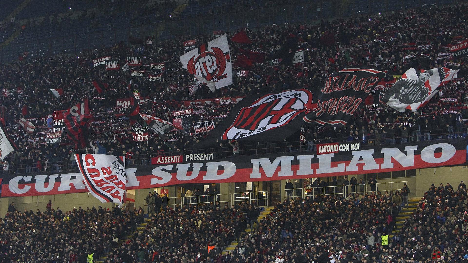 Abbonati: il Milan non lascia, raddoppia