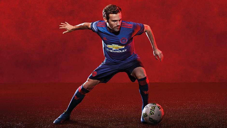 94faa860f8c Manchester United 2016-17 kit - Goal.com