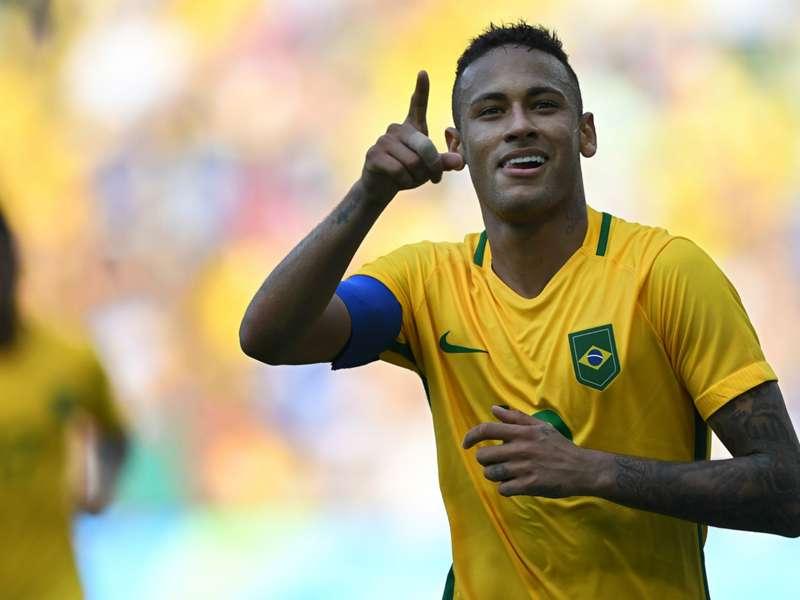 6b7cfdbc6f70 Neymar posa con la camiseta del Corinthians | Goal.com