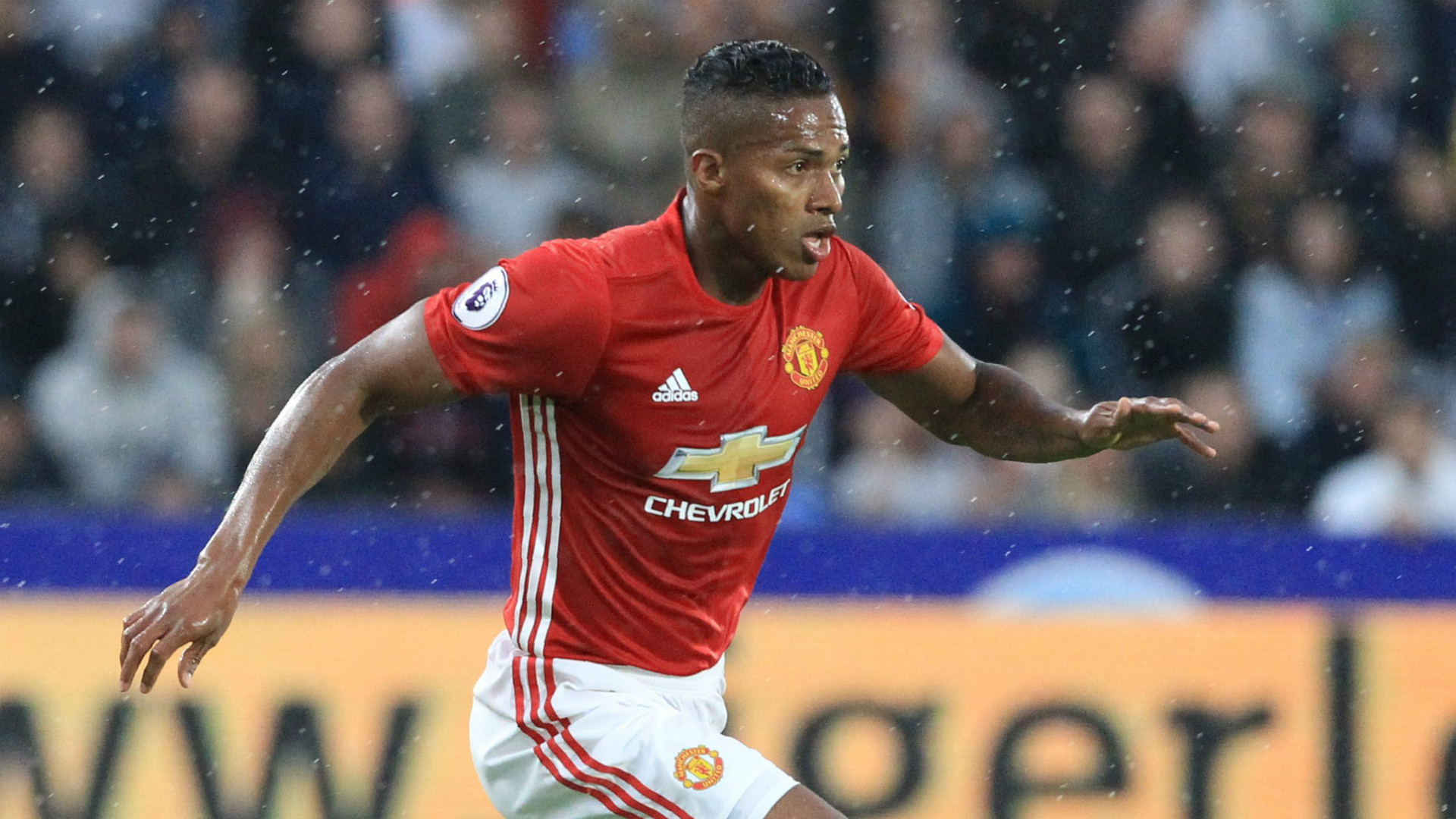 Premier League Team of the Week Antonio Valencia