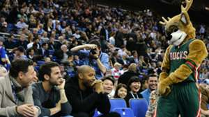 Thierry Henry Cesc Fabregas NBA 15012015
