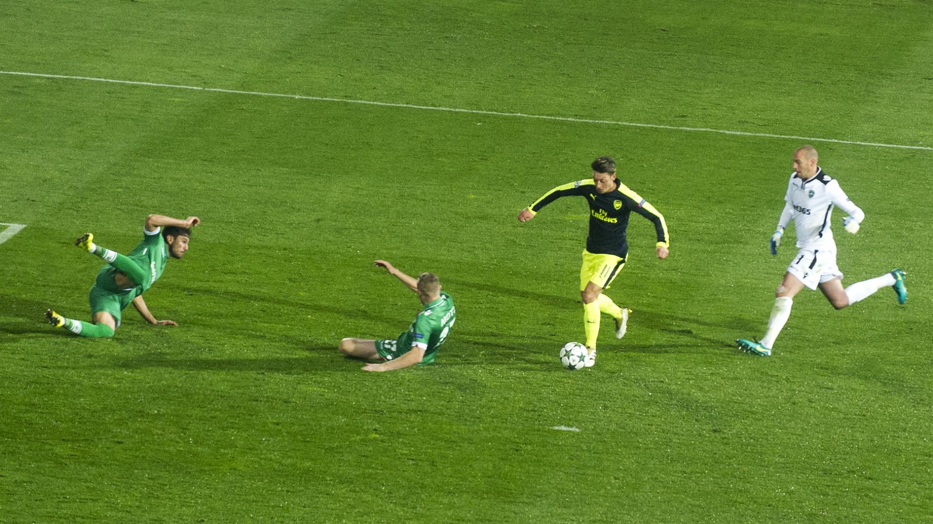 HD Ozil Ludogorets
