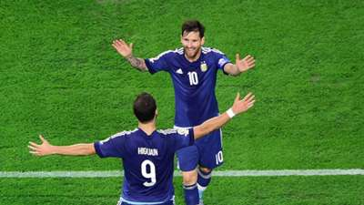 Lionel Messi Gonzalo Higuain 2016 Copa America