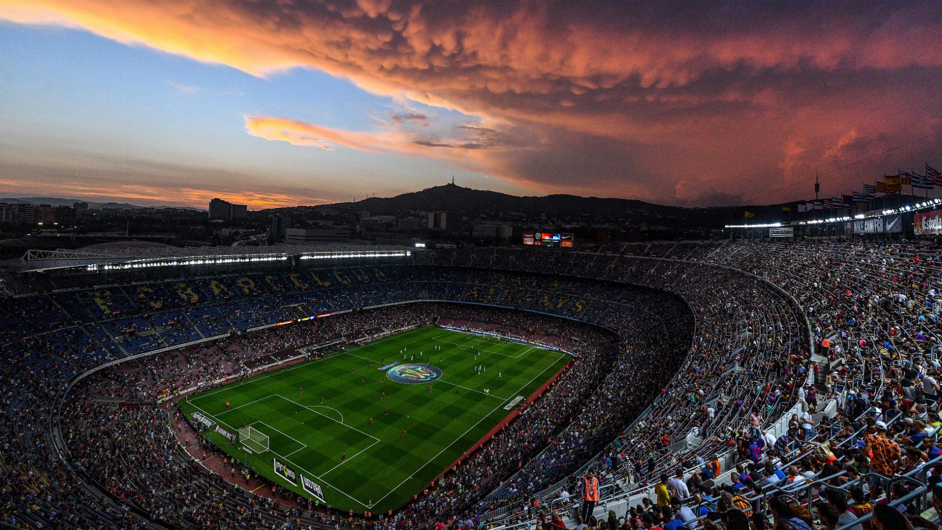 Les joueurs du Barça rendent hommage aux victimes de l'attentat