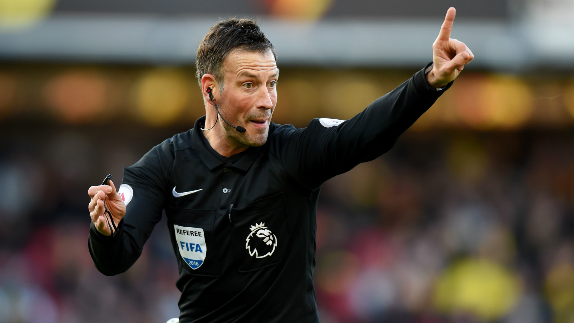 Roy Keane made me change my mind on corner - Mark Clattenburg