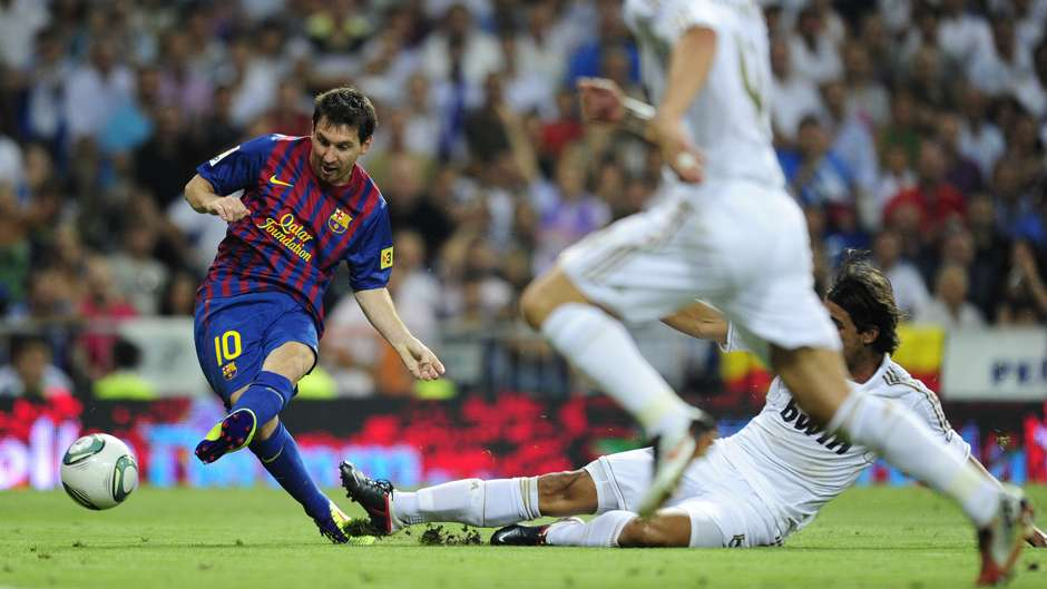 Lionel Messi Barcelona Real Madrid 2011 Supercopa