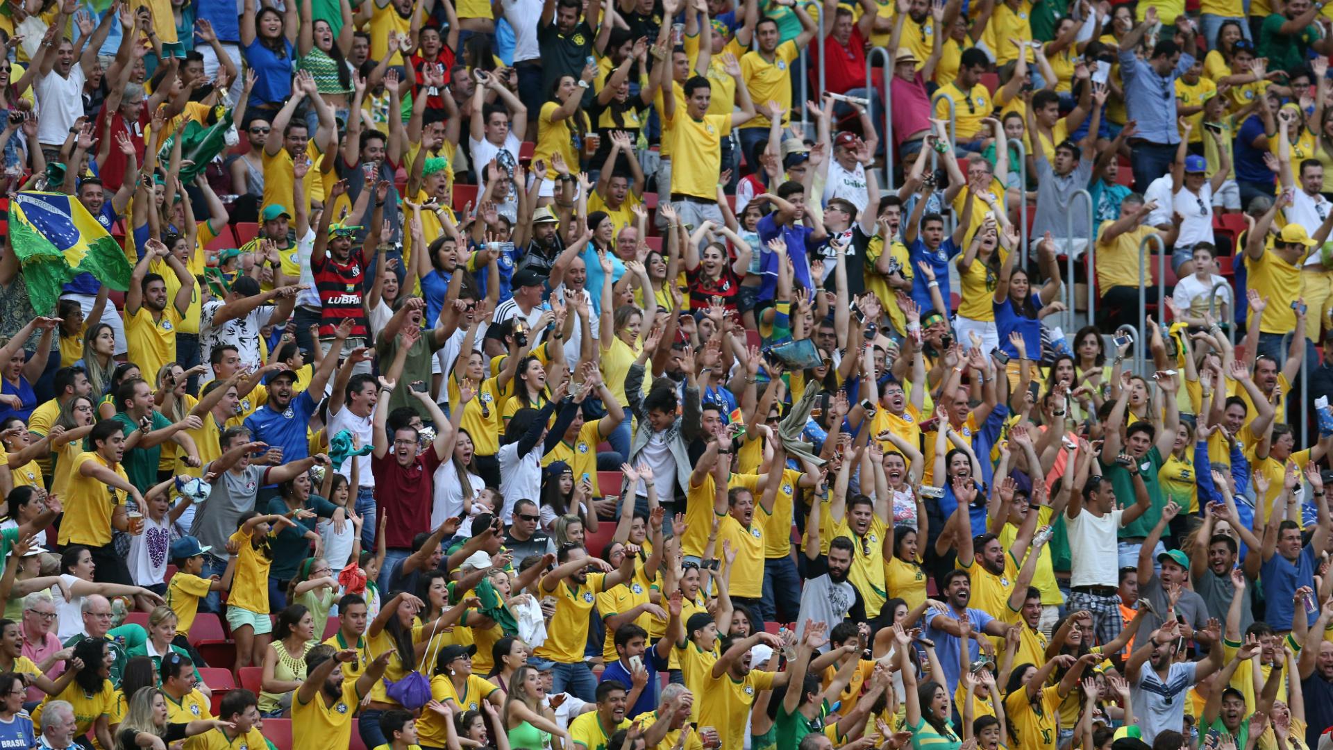 Brazil fans Olympics 04082016