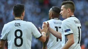 Julian Draxler Mesut Ozil Germany
