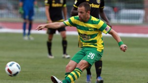 Joe Cole Tampa Bay Rowdies 061516.jpg