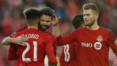 Drew Moor and Eriq Zavaleta congratulate Jonathan Osorio Toronto FC MLS 20161023