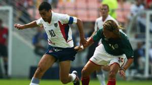 Claudio Reyna USA Mexico 2002 (Getty Images)