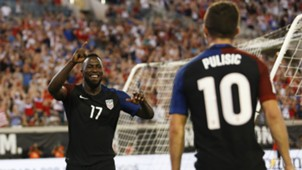 Jozy Altidore Christian Pulisic USA 09062016