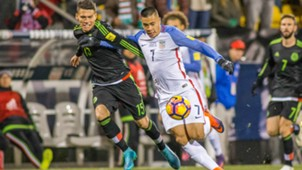 Bobby Wood Hector Moreno USA Mexico 11112016