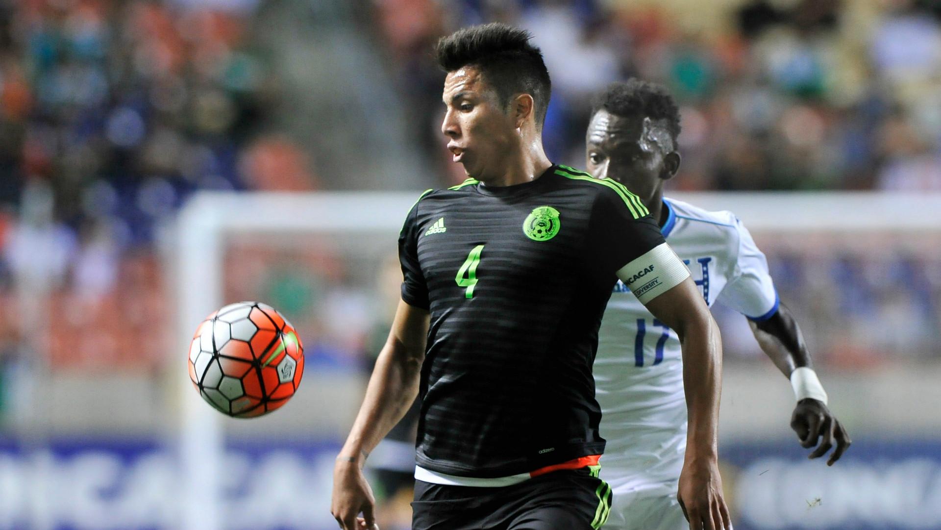 Mexico National Team Defender Carlos Salcedo Joins Frankfurt On Loan From Chivas Goal Com