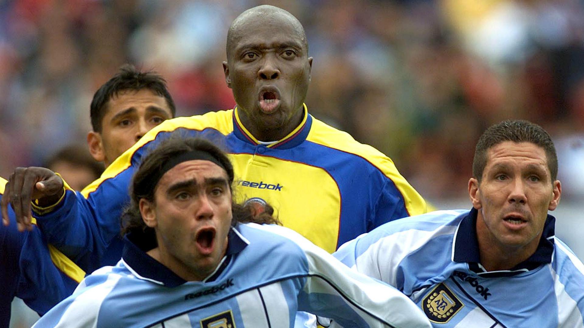 Sorín - Simeone - Argentina 3-0 Colombia. Eliminatorias Sudamericanas 2002 - 03062001.