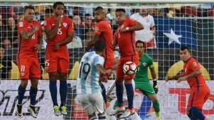 Eduardo Vargas Jean Beausejour Arturo Vidal Gonzalo Jara Gary Medel Claudio Bravo Ever Banega Argentina Chile Group D Copa America Centenario 06062016